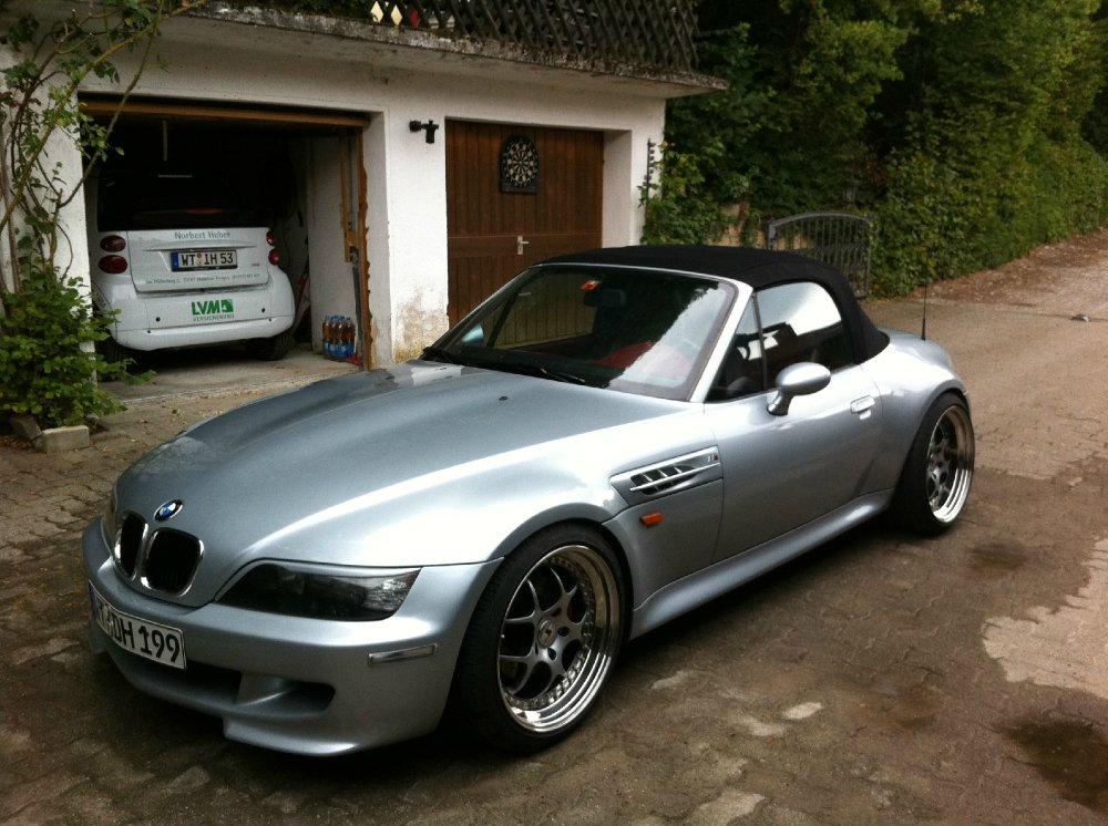 bmw z3 roadster 2 8 bmw z1 z3 z4 z8 z3 roadster. Black Bedroom Furniture Sets. Home Design Ideas