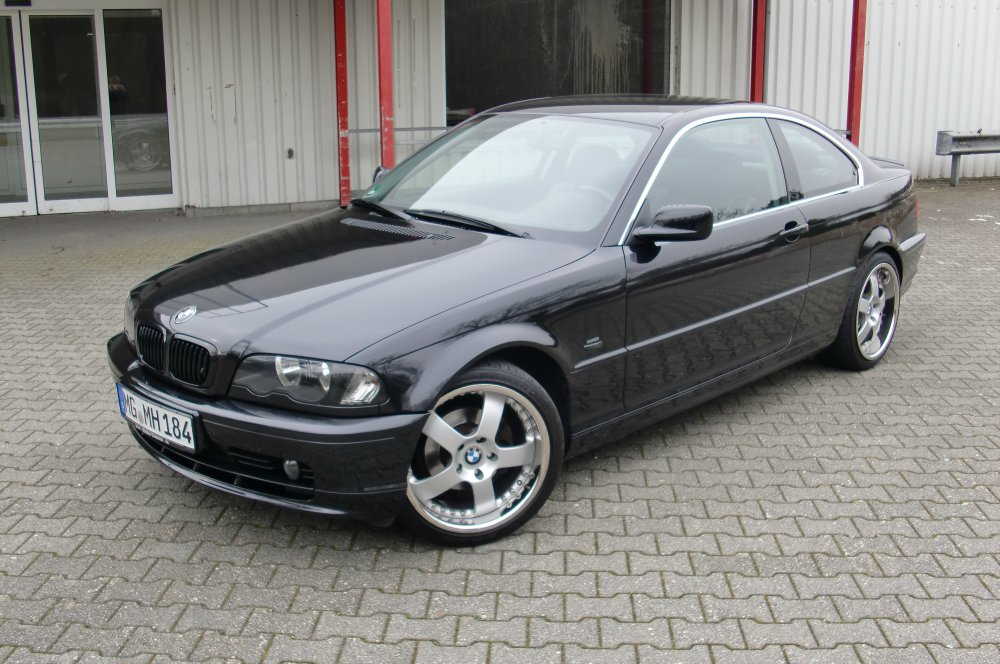 bmw e46 coupe saphirschwarz metallic 3er bmw e46 coupe tuning fotos bilder. Black Bedroom Furniture Sets. Home Design Ideas