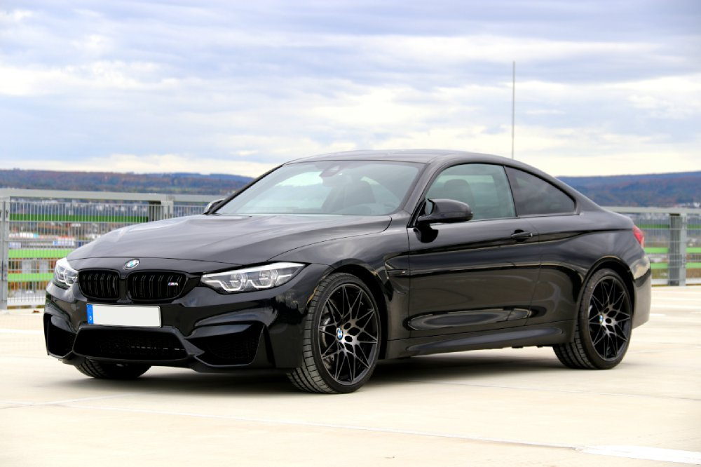 BMW M4 Competition Coupé - 4er BMW - F32 / F33 / F36 / F82