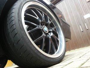 ASA Felgen AR1 Felge in 9.5x19 ET 20 mit Dunlop Sp Sportmaxx GT Reifen in 265/30/19 montiert hinten mit 15 mm Spurplatten und mit folgenden Nacharbeiten am Radlauf: Kanten gebördelt Hier auf einem 5er BMW E39 530i (Touring) Details zum Fahrzeug / Besitzer