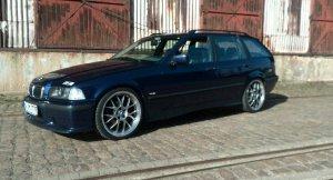 Rial  Felge in 8x19 ET 40 mit Hankook s1evo Reifen in 225/35/19 montiert vorn Hier auf einem 3er BMW E36 318i (Touring) Details zum Fahrzeug / Besitzer