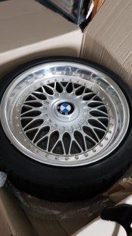 BBS RC 90 Felge in 8x17 ET 20 mit Toyo Proxxes Reifen in 205/40/17 montiert vorn Hier auf einem 5er BMW E34 520i (Limousine) Details zum Fahrzeug / Besitzer