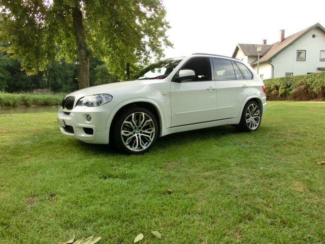 bmw e70 x5 m paket meets breyton felgen bmw x1 x3 x5 x6 x5 tuning fotos. Black Bedroom Furniture Sets. Home Design Ideas