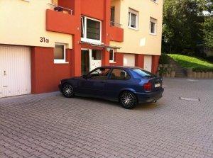 Dezent rg dark Felge in 7.5x16 ET 42 mit Dunlop  Reifen in 205/40/16 montiert vorn Hier auf einem 3er BMW E36 316i (Compact) Details zum Fahrzeug / Besitzer