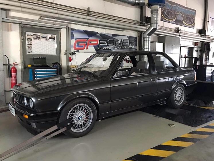 BMW E30 327i  220PS bei GP-Power - 3er BMW - E30