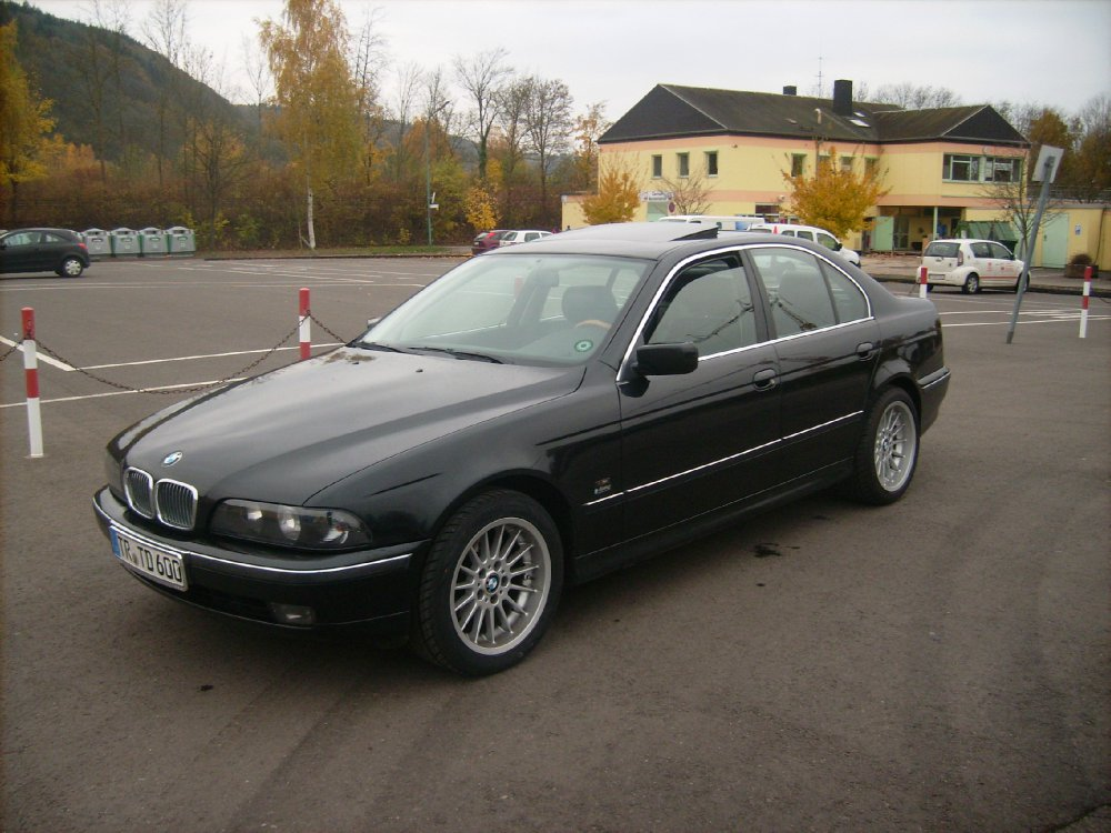 black the beast beauty 5er bmw e39 limousine. Black Bedroom Furniture Sets. Home Design Ideas