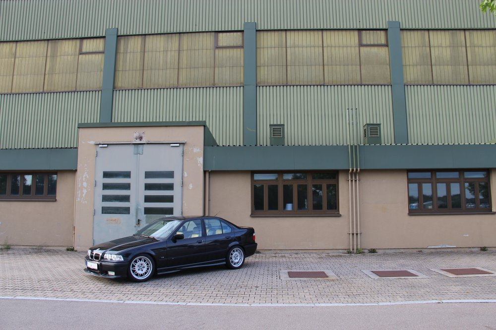 E36 M Limo Individual - Neulackierung - 3er BMW - E36