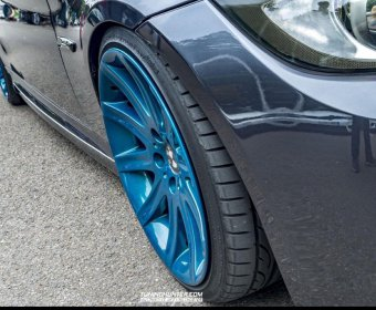 BMW Styling 95 Felge in 9x19 ET 24 mit Hankook V12 EVO2 Reifen in 225/35/19 montiert vorn mit 15 mm Spurplatten und mit folgenden Nacharbeiten am Radlauf: gebördelt und gezogen Hier auf einem 3er BMW E90 330i (Limousine) Details zum Fahrzeug / Besitzer