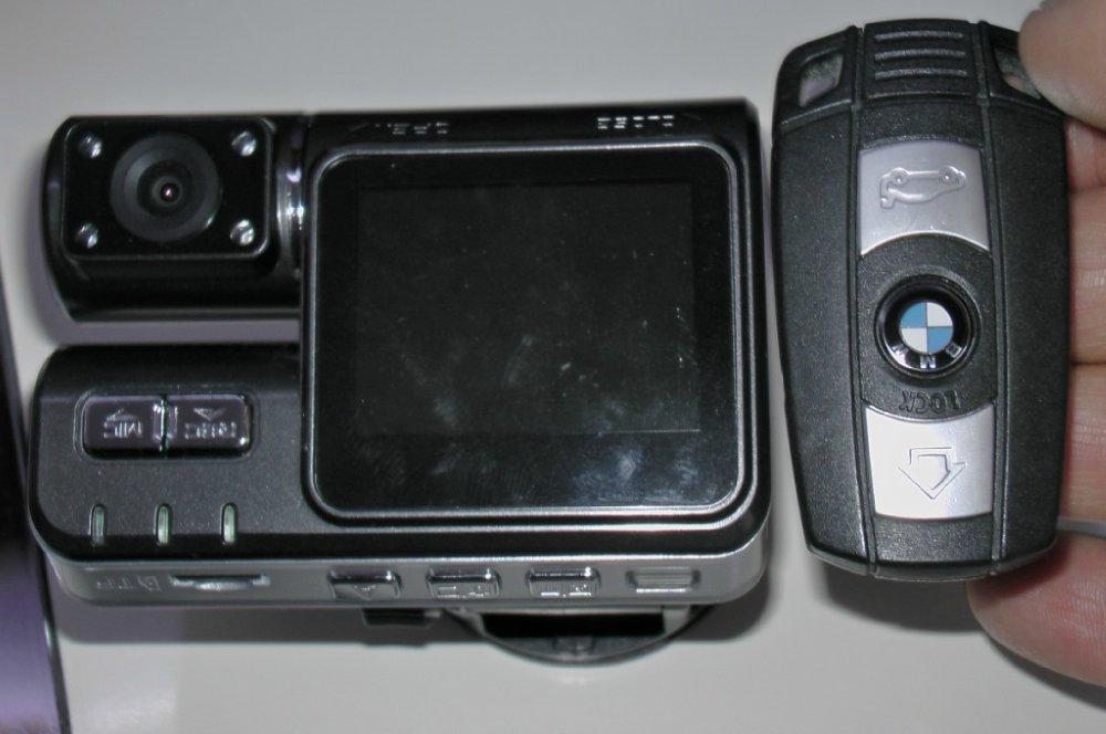 einbau einer videokamera in unseren x6 bmw x1 x3 x5. Black Bedroom Furniture Sets. Home Design Ideas