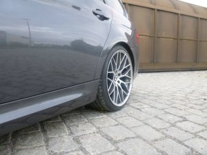 AEZ Antigua Felge in 9.5x19 ET 9,5 mit Hankook S1-EVO Reifen in 255/30/19 montiert hinten Hier auf einem 3er BMW E91 320d (Touring) Details zum Fahrzeug / Besitzer