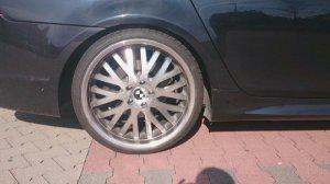 - NoName/Ebay - PDW Felge in 10.5x20 ET 15 mit Dunlop Sport Maxx Reifen in 285/25/20 montiert hinten Hier auf einem 5er BMW E61 530d (Touring) Details zum Fahrzeug / Besitzer