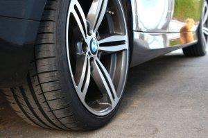 - NoName/Ebay -  Felge in 9.5x19 ET 45 mit kumho  Reifen in 255/30/19 montiert hinten Hier auf einem 3er BMW E91 318d (Touring) Details zum Fahrzeug / Besitzer