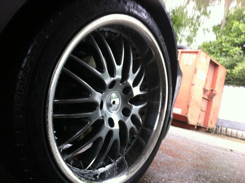 Royal Wheels