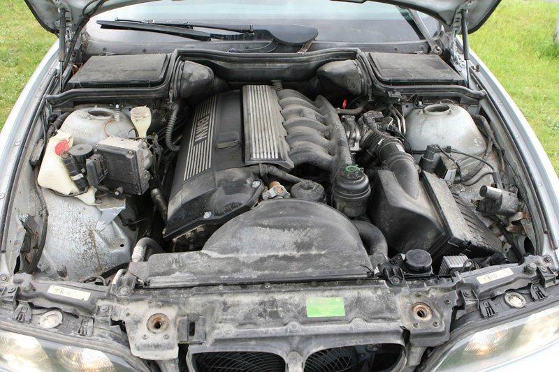 """Die Verwandlung, aus 523i wird ein """"echter"""" M5 - 5er BMW - E39"""