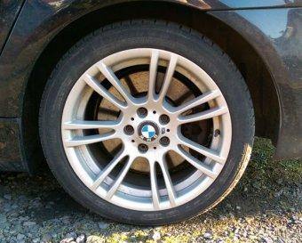 BMW M Performance M 270 Felge in 8x18 ET 20 mit Michelin Pilot Alpin Reifen in 235/40/18 montiert hinten Hier auf einem 5er BMW E61 545i (Touring) Details zum Fahrzeug / Besitzer