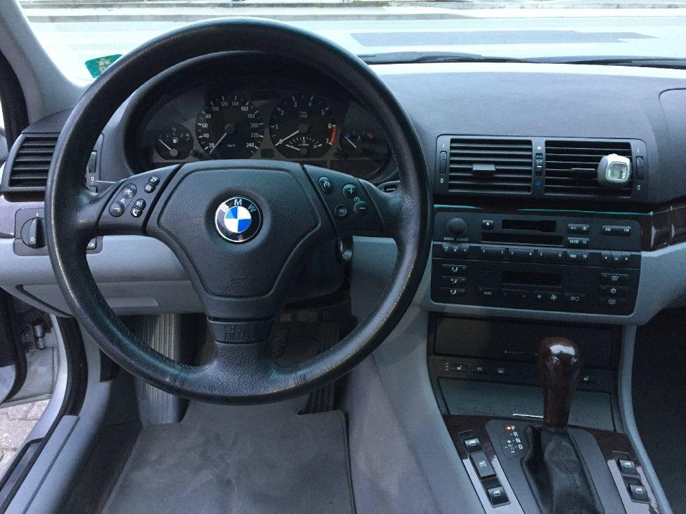 320iA Limousine - 3er BMW - E46