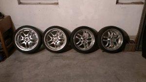 Dezent S9518 Felge in 9.5x18 ET 15 mit Falken ziex Reifen in 245/35/18 montiert hinten und mit folgenden Nacharbeiten am Radlauf: gebördelt und gezogen Hier auf einem 3er BMW E36 316i (Compact) Details zum Fahrzeug / Besitzer