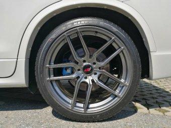 - Eigenbau - JapanRacing JR25 Felge in 10x20 ET 37 mit Nankang NS2 Reifen in 275/35/20 montiert hinten Hier auf einem X3 BMW F25 xDrive20d (SAV) Details zum Fahrzeug / Besitzer