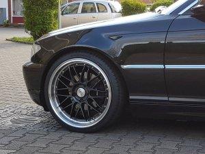 Dotz Revvo Dark Felge in 8.5x19 ET 33 mit Hankook Ventus V12 evo² K120 Reifen in 235/35/19 montiert vorn Hier auf einem 3er BMW E46 325i (Coupe) Details zum Fahrzeug / Besitzer