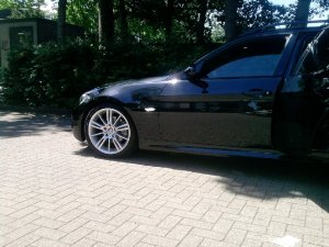 BMW 193 M Felge in 8x18 ET  mit Bridgestone Runflat Reifen in 225/40/18 montiert vorn Hier auf einem 3er BMW E91 320i (Touring) Details zum Fahrzeug / Besitzer
