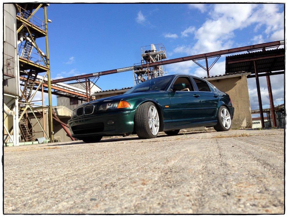 330i Umbau mit Breiten Radläufen Individual Voll - 3er BMW - E46