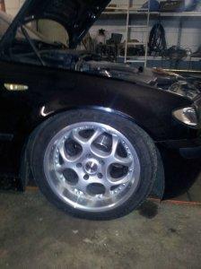 AEZ Simas Felge in 8x17 ET 35 mit Fulda Sport Control Reifen in 225/45/17 montiert vorn Hier auf einem 3er BMW E46 320d (Limousine) Details zum Fahrzeug / Besitzer
