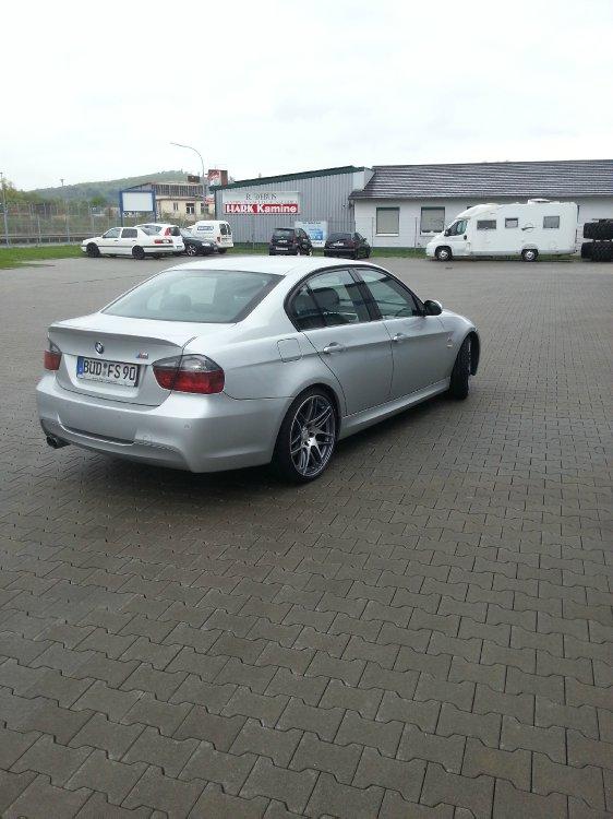BMW e90 325i m paket - 3er BMW - E90 / E91 / E92 / E93