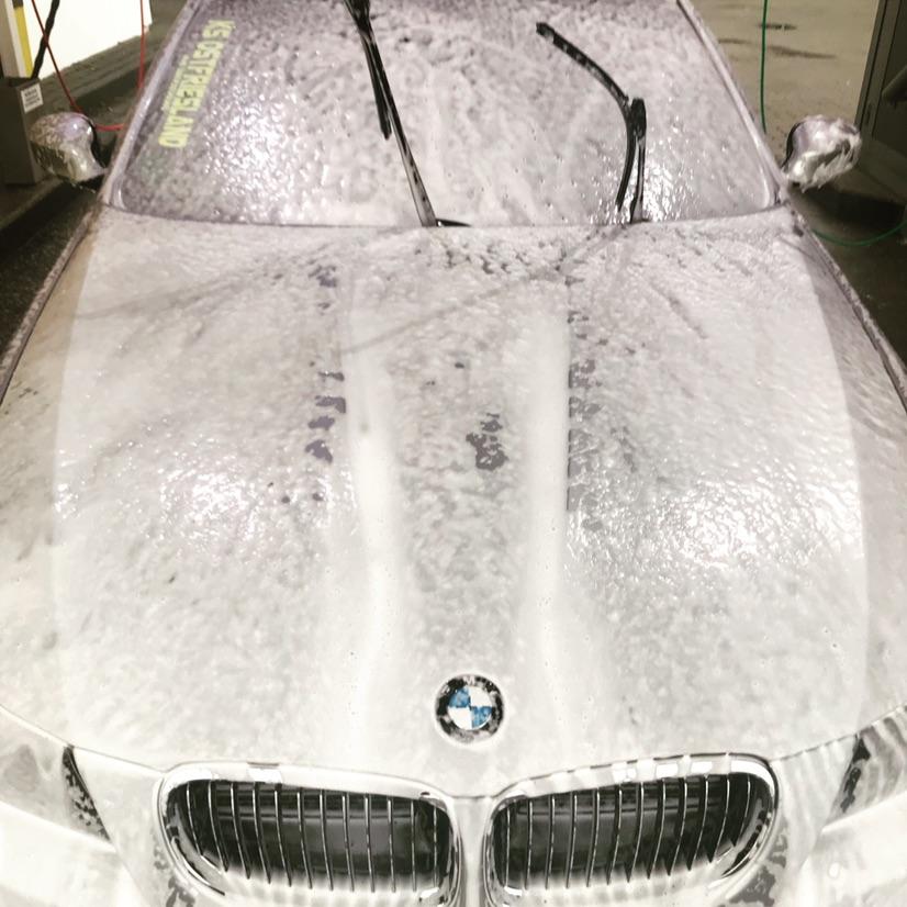 E91 LCi 330D - 3er BMW - E90 / E91 / E92 / E93