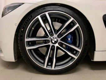 BMW M704 Felge in 8x19 ET 36 mit Michelin PS4S Reifen in 225/40/19 montiert vorn mit 10 mm Spurplatten Hier auf einem 4er BMW F36 440i (Gran Coupe (GC)) Details zum Fahrzeug / Besitzer
