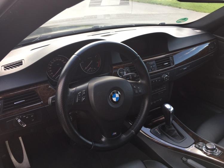 E92, 330xd - 3er BMW - E90 / E91 / E92 / E93