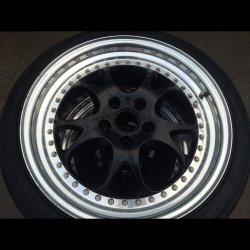 RH Felgen ZW 3 Felge in 8.5x18 ET  mit Hankook V12 Evo Reifen in 225/40/18 montiert vorn und mit folgenden Nacharbeiten am Radlauf: gebördelt und gezogen Hier auf einem 3er BMW E46 316ti (Compact) Details zum Fahrzeug / Besitzer