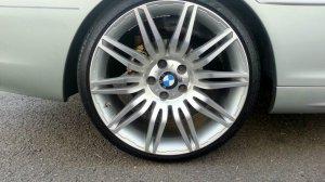 - NoName/Ebay - Nachbau Styling 172/ M172 Felge in 9.5x19 ET 35 mit Nankang  Reifen in 255/30/19 montiert hinten mit folgenden Nacharbeiten am Radlauf: Kanten gebördelt Hier auf einem 3er BMW E46 320i (Coupe) Details zum Fahrzeug / Besitzer