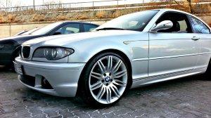 - NoName/Ebay - Nachbau Styling 172/ M172 Felge in 8.5x19 ET  mit Nankang  Reifen in 225/35/19 montiert vorn mit folgenden Nacharbeiten am Radlauf: Kanten gebördelt Hier auf einem 3er BMW E46 320i (Coupe) Details zum Fahrzeug / Besitzer