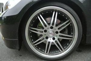 - NoName/Ebay - MOTEC Felge in 8.5x19 ET 35 mit Dunlop  Reifen in 225/35/19 montiert vorn Hier auf einem 3er BMW E90 330i (Limousine) Details zum Fahrzeug / Besitzer