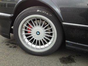 Alpina  Felge in 8.5x17 ET 11 mit Dunlop  Reifen in 235/45/17 montiert vorn Hier auf einem 6er BMW E24 M635CSi (Coupe) Details zum Fahrzeug / Besitzer