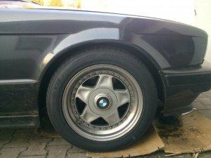 - NoName/Ebay - Speedline SL Felge in 7.5x16 ET 30 mit Hankook Ventus Sport Reifen in 225/50/16 montiert vorn Hier auf einem 5er BMW E34 520i (Limousine) Details zum Fahrzeug / Besitzer