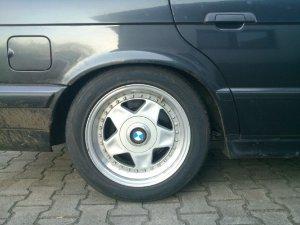 - NoName/Ebay - Speedline SL Felge in 7.5x16 ET 30 mit Hankook Ventus Sport Reifen in 225/50/16 montiert hinten Hier auf einem 5er BMW E34 520i (Limousine) Details zum Fahrzeug / Besitzer
