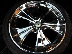 Rial ANCONA Felge in 8x18 ET 38 mit Eagle Eyes - Dectane  Reifen in 225/40/18 montiert vorn Hier auf einem 3er BMW E46 316ti (Compact) Details zum Fahrzeug / Besitzer