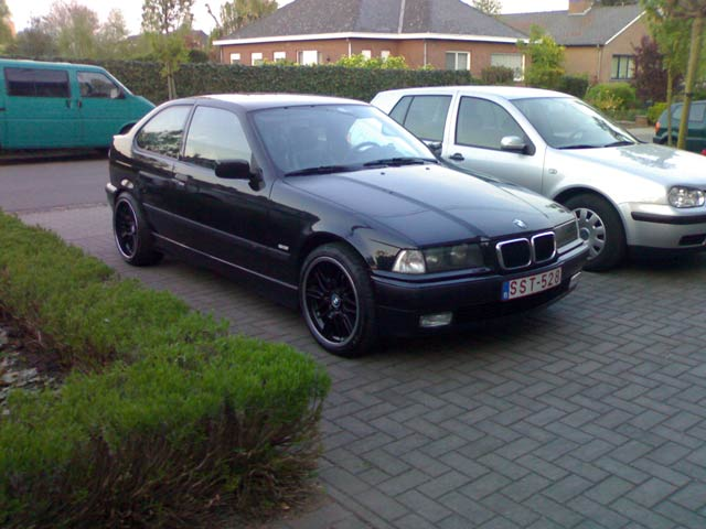 Bmw E36 Compact M Technik 3er Bmw E36 Quot Compact Quot Tuning Fotos Bilder Stories