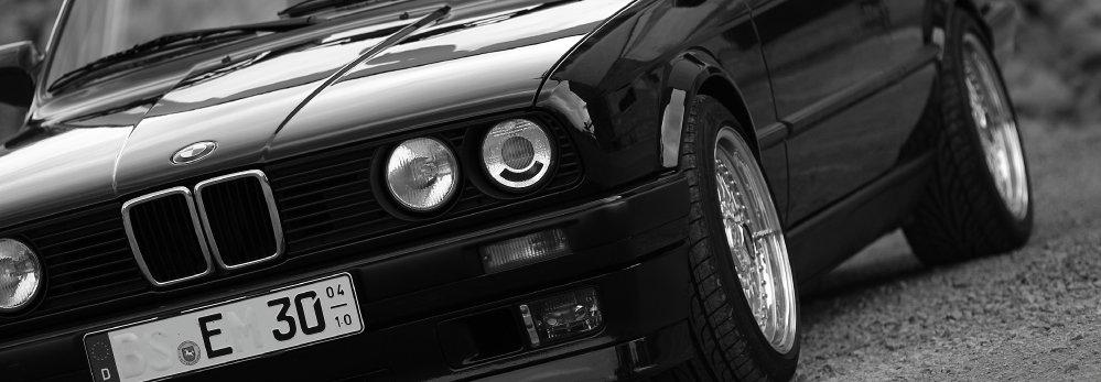 E30 Cabrio 330i in Mauritiusblau - 3er BMW - E30