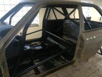 e30 325e -> M52b28 328i - 3er BMW - E30 - Innenraum+Käfig (12).jpg