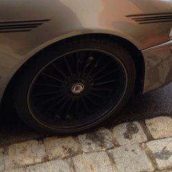 Alpina Classic 2 Felge in 8.5x19 ET 18 mit Pirelli Pirelli PZero silver Reifen in 245/35/19 montiert vorn mit 10 mm Spurplatten Hier auf einem 5er BMW E39 525d (Touring) Details zum Fahrzeug / Besitzer