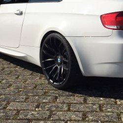 Breyton RACE GTS Felge in 10x20 ET 35 mit Falken Azenis Reifen in 285/25/20 montiert hinten mit 16 mm Spurplatten Hier auf einem 3er BMW E92 M3 (Coupe) Details zum Fahrzeug / Besitzer