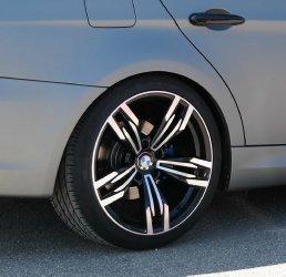 AEZ 433 Design Felge Felge in 9.5x19 ET 35 mit Pirelli P Zero Reifen in 255/30/19 montiert hinten Hier auf einem 3er BMW E90 320d (Limousine) Details zum Fahrzeug / Besitzer