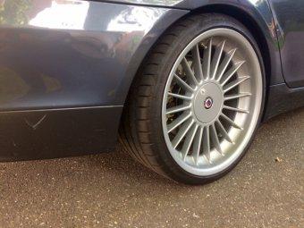 Alpina Classic 1 Felge in 10x20 ET 32 mit Michelin  Reifen in 285/25/20 montiert hinten mit 15 mm Spurplatten Hier auf einem 5er BMW E61 530d (Touring) Details zum Fahrzeug / Besitzer