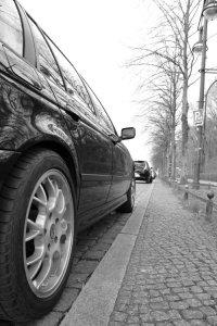 - NoName/Ebay -  Felge in 7.5x17 ET  mit Pneumant PN950 Reifen in 225/45/17 montiert vorn mit 20 mm Spurplatten Hier auf einem 5er BMW E39 520i (Touring) Details zum Fahrzeug / Besitzer