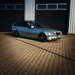 Tomason TN 12 Felge in 8.5x19 ET 35 mit Firestone  Reifen in 235/35/19 montiert vorn Hier auf einem 3er BMW E46 320d (Touring) Details zum Fahrzeug / Besitzer