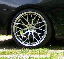 AEZ Antigua Felge in 9.5x19 ET 40 mit Bridgestone S001 Reifen in 255/30/19 montiert hinten Hier auf einem 3er BMW E92 320i (Coupe) Details zum Fahrzeug / Besitzer