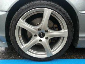 Ronal  Felge in 8x18 ET 35 mit Fulda  Reifen in 225/40/18 montiert vorn Hier auf einem 3er BMW E46 330i (Coupe) Details zum Fahrzeug / Besitzer