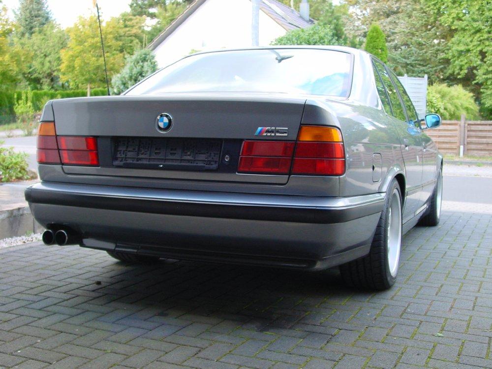 BMW M5 3.8 Sonderlackierung Original ! - 5er BMW - E34
